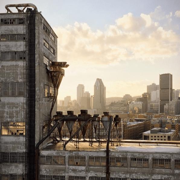 Un des meilleurs endroits pour apprécier une vue exceptionnelle de la ville; le toit de l'ancien complexe industriel Silo 5.