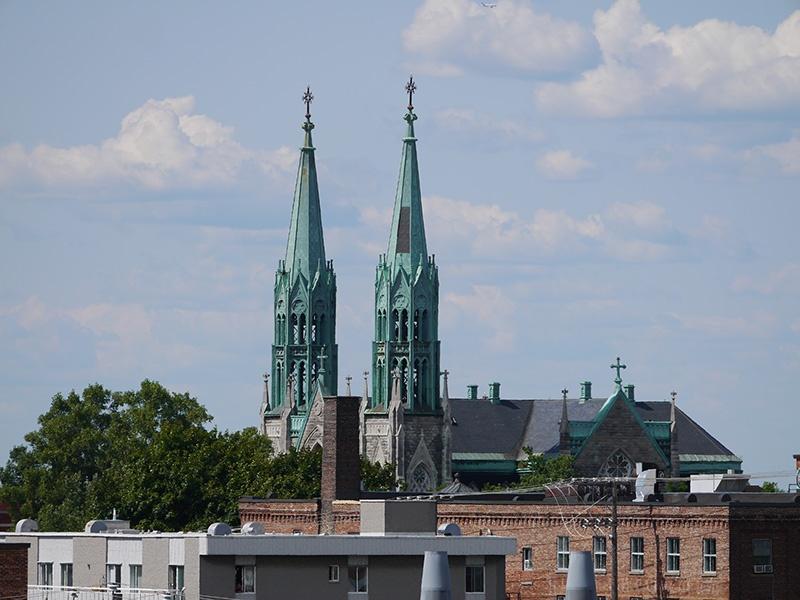 Vue d'une cathédrale de Montréal